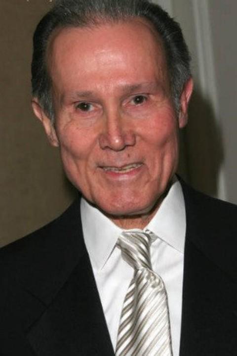 Henry Silva