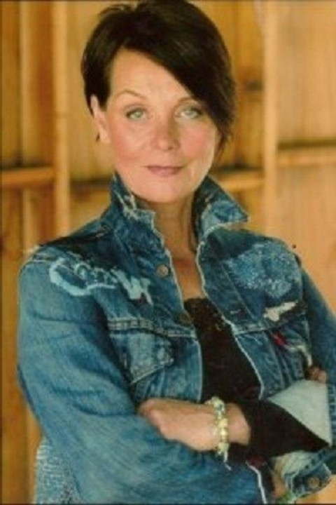 Carolyn Seymour